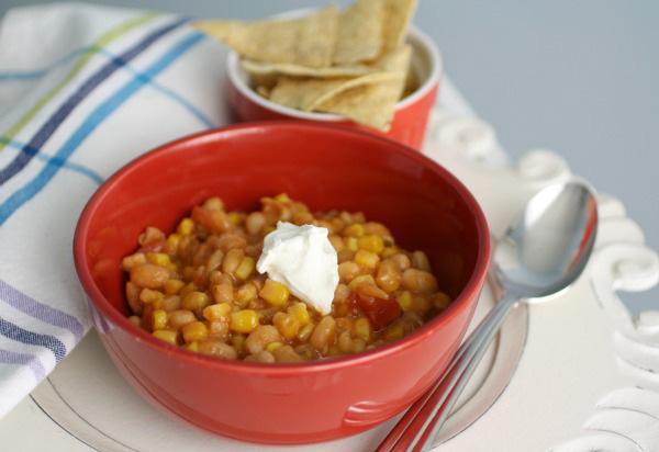 White bean and corn chilli