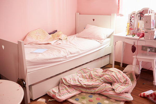 Messy child's bedroom | Sheknows.com