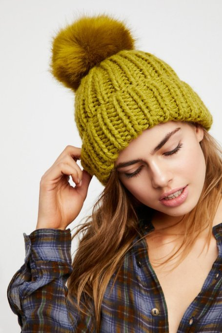 Must-Have Fall Hats: Happy Trails Pom Beanie | Fall Fashion Trends