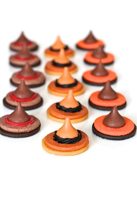 Cute Halloween Treats: Witch hat cookies are a Halloween classic