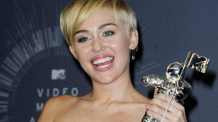 Miley Cyrus covers Led Zeppelin: The