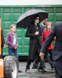 Michael Jackson and his kids