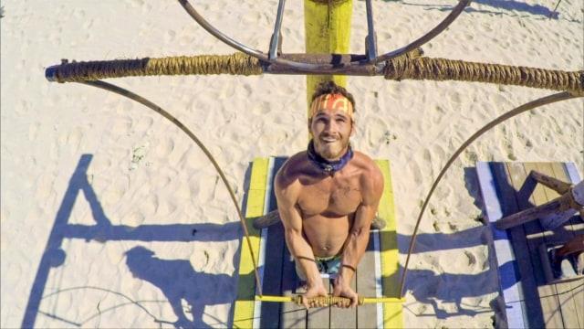 Michael Yerger competes in Immunity challenge on Survivor: Ghost Island