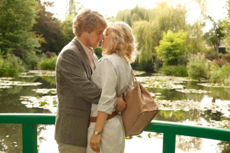 Midnight in Paris is delivering at the box office