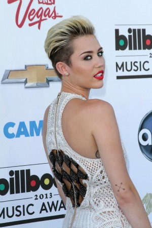Miley Cyrus - 2013 Billboard Music Awards