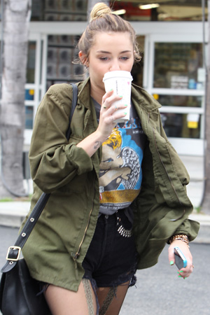 Miley Cyrus spotted at weed shop