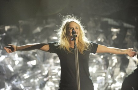 Miranda Lambert rehearses for 2010 CMA Awards
