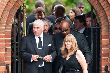 Mitch Winehouse at Amy Winehouse funeral