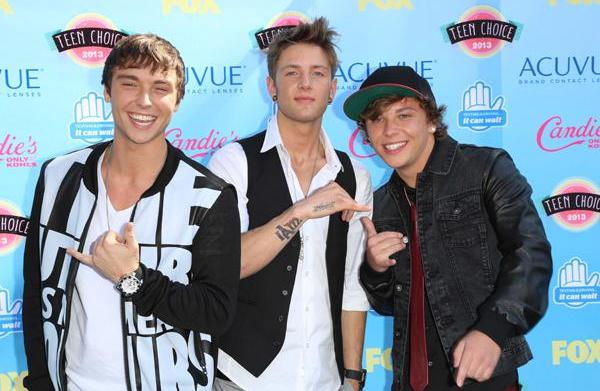 """INTERVIEW: """"Who Is What?"""" with Emblem3"""