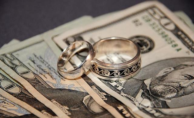 Marrying for money isn't the worst
