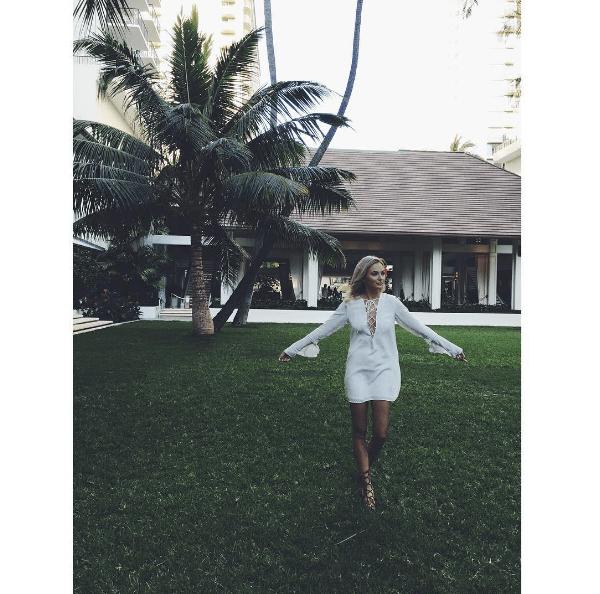 Lauren Bushnell in Hawaii
