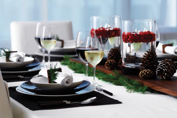 Modern Christmas table