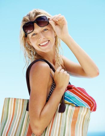 Mom with beach bag
