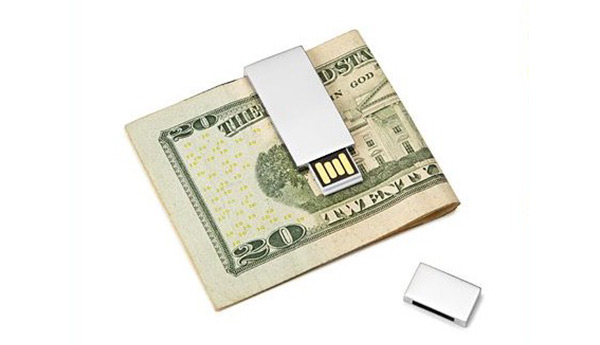 Stainless Steel 8 GB USB Money Clip | Sheknows.com