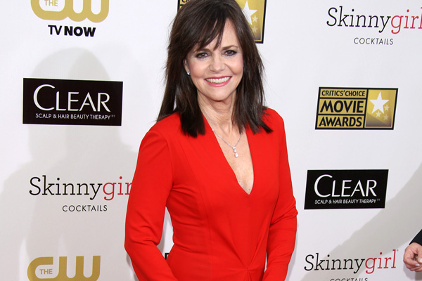 4 Stylish Actresses Over 60 Sheknows