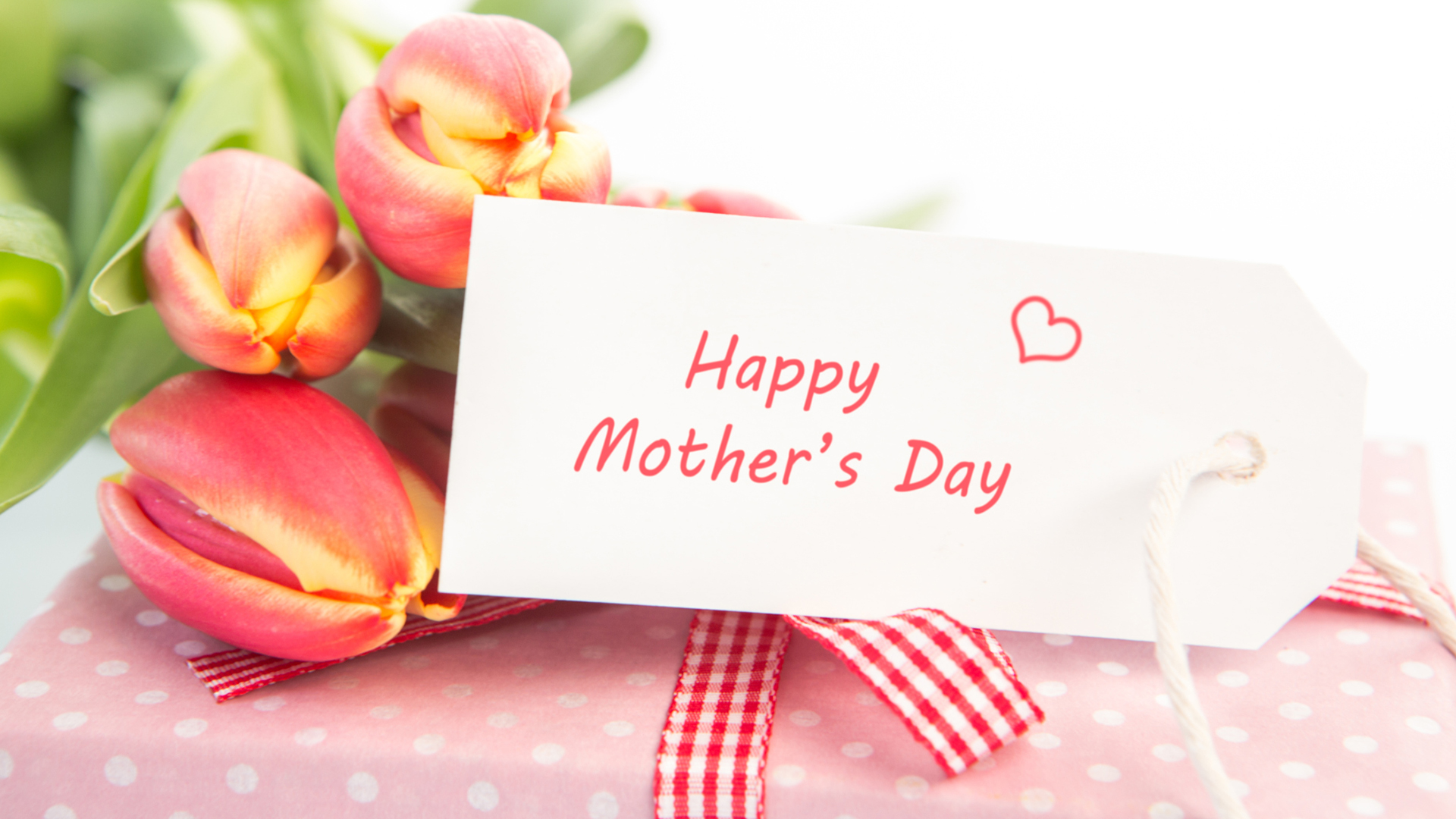 Mothers day gift and flowers | Sheknows.com