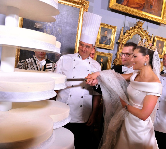 Crown Princess Victoria & Daniel Westling wedding cake