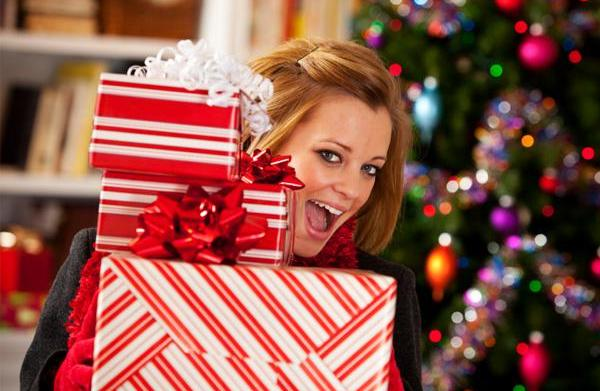 Last-minute holiday shopping tips to save
