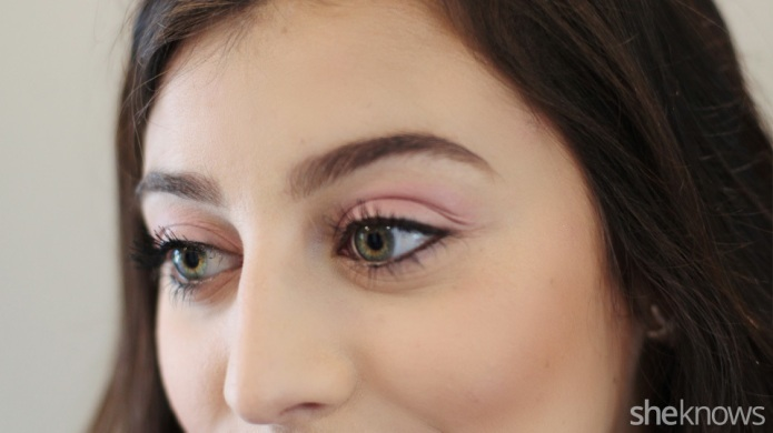 How to use blush as eyeshadow