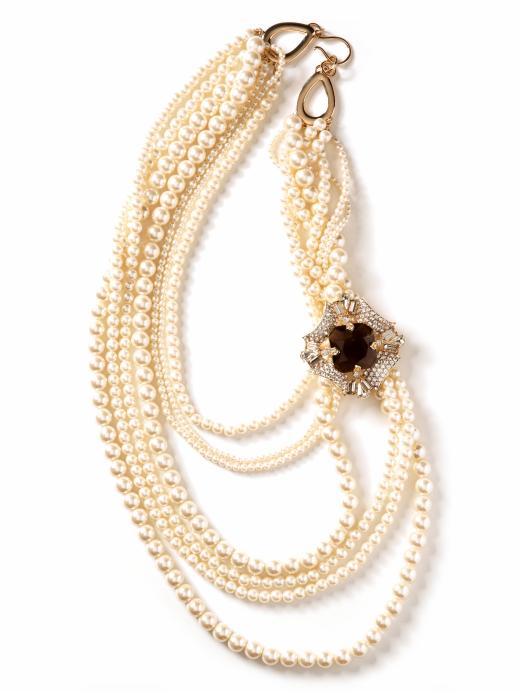 banana-republic-multi-strand-pearl-necklace