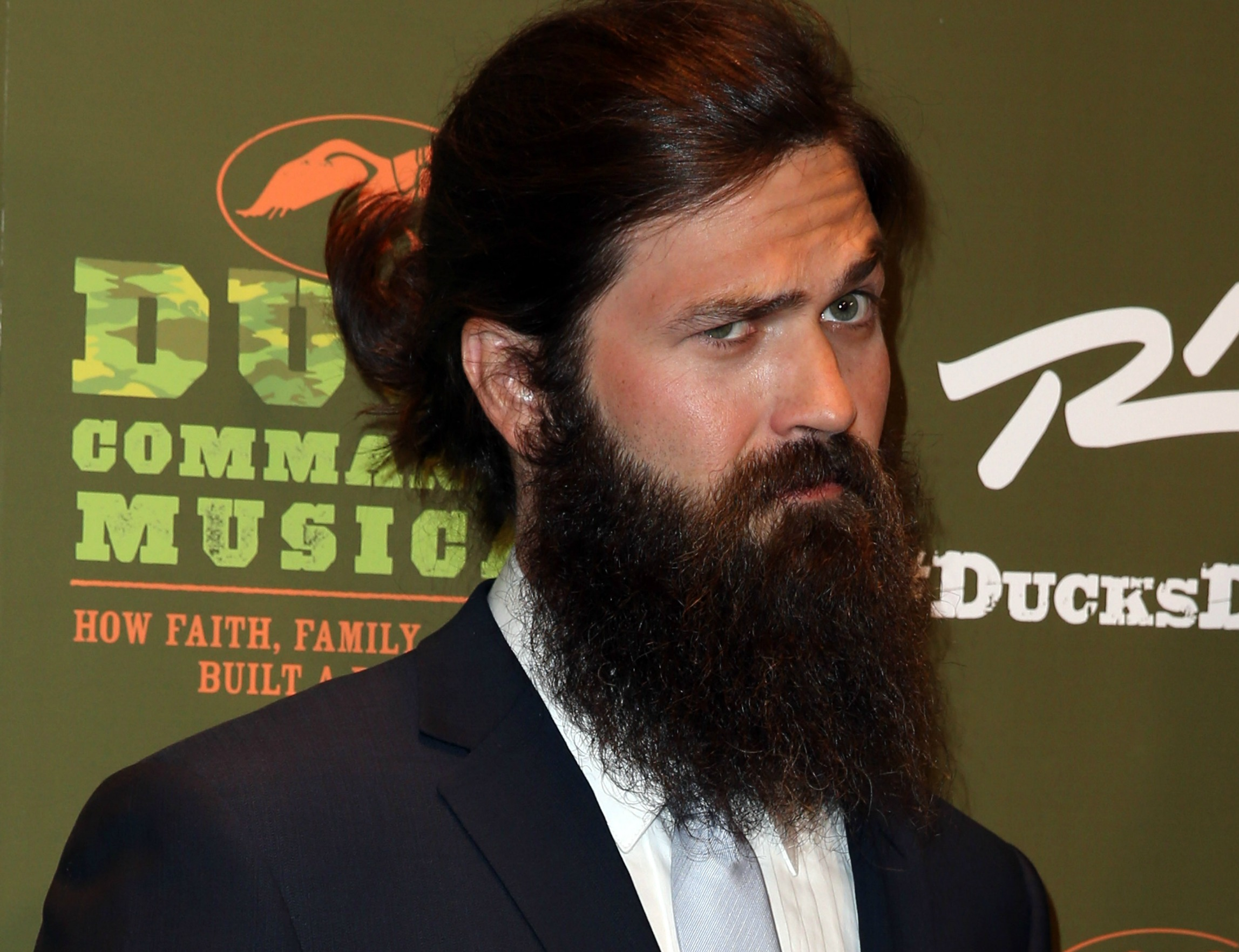 Man Crush Monday 18 Photos Of Duck Dynasty Bearded Hunk Jep