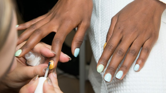 5 Mint-Green Nail Polishes That Look