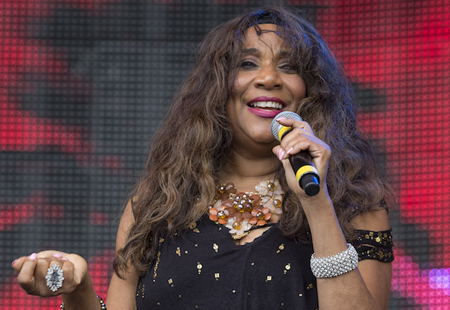 These celebrities died in 2017: Singer Joni Sledge