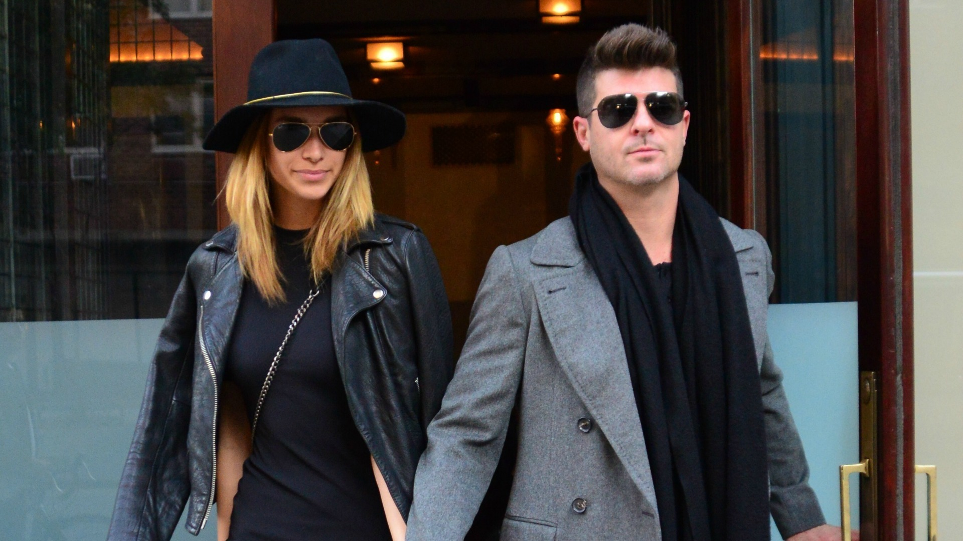 Robin thicke dating model