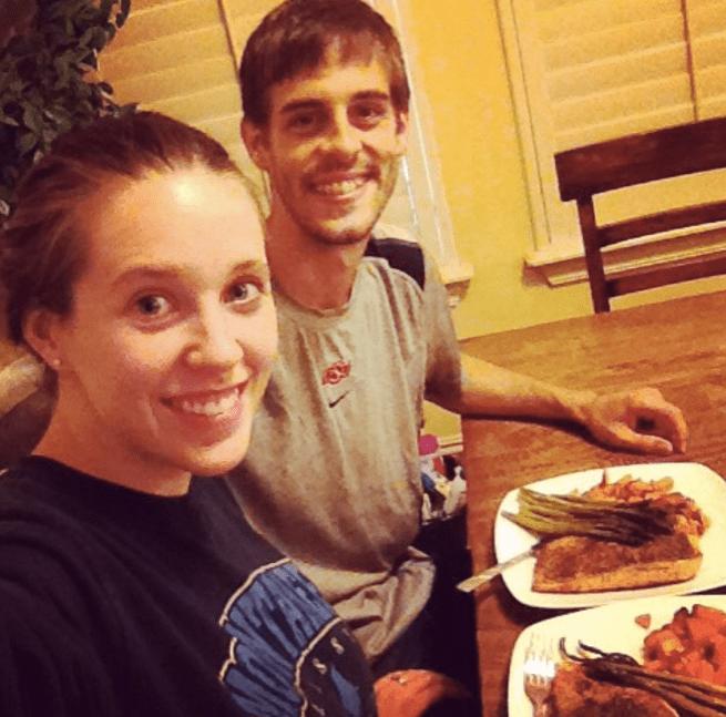Derick Dillard and Jill Duggar eating dinner