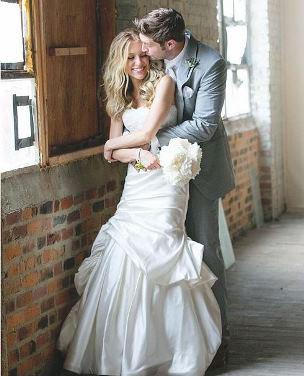 Mommy tweets: Kristin Cavallari's wedding pics,