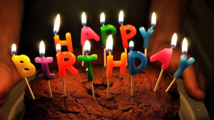 Birthday cake explodes thanks to sneaky