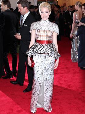 Friday's Fashion Fails: Elizabeth Banks and