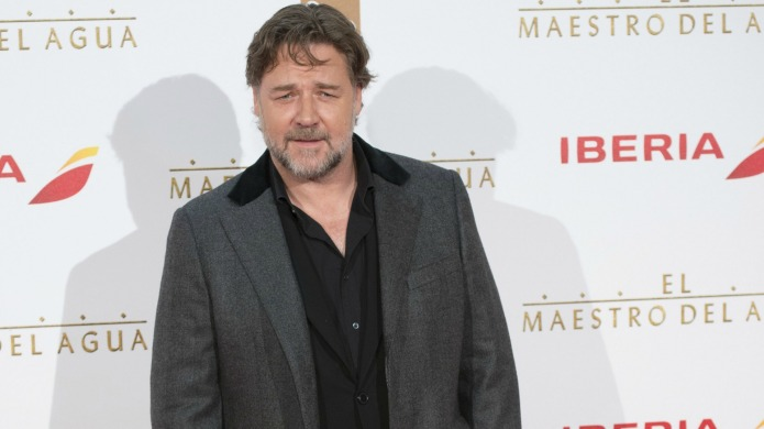 Russell Crowe tells a bizarre story