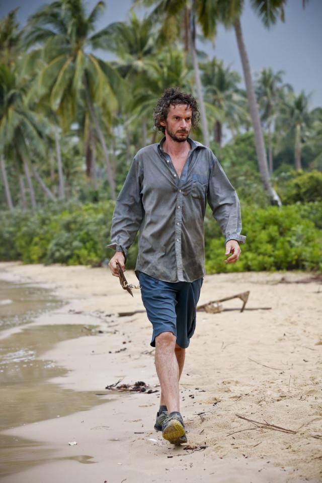 Neal Gottlieb walks along the beach on Survivor: Kaoh Rong
