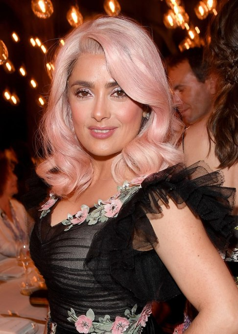 Best Celebrity Hair Transformations of 2017: Salma Hayek with bubblegum pink hair