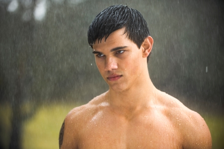 Taylor Lautner is Jacob in New Moon