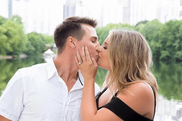 Lauren Alaina & Alex Hopkins engagement announcement