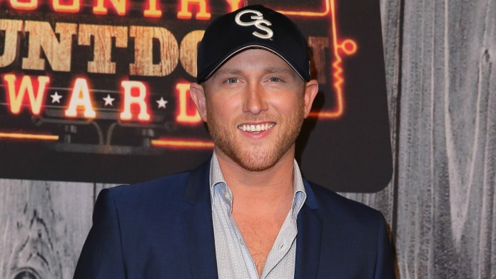 8 things about country hottie Cole
