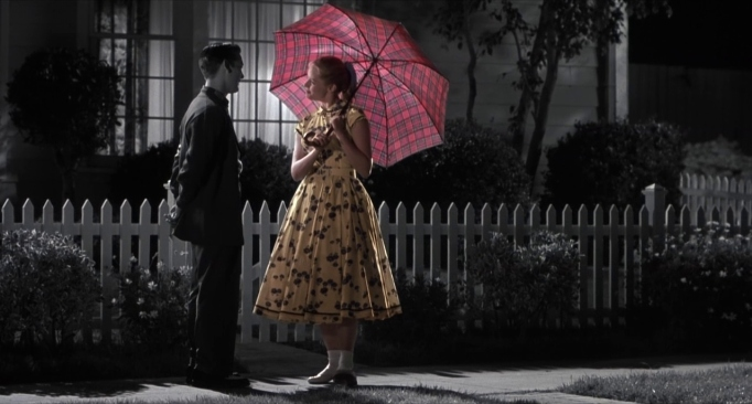Tobey Maguire & Marley Shelton in Pleasantville