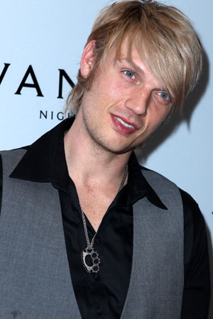 Nick Carter gets a new haircut