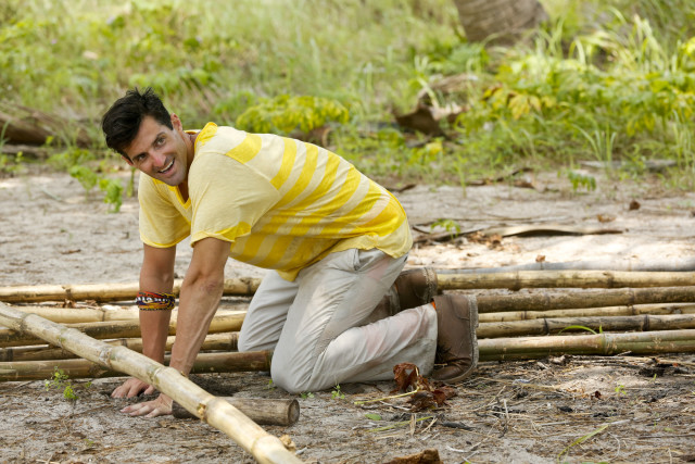 Nick Maiorano works at Beauty camp on Survivor: Kaoh Rong