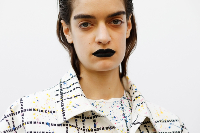 Fashion Month Looks That Work For Halloween: Goth Lips | Halloween 2017