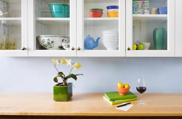 Kitchen clutter: Items that have to
