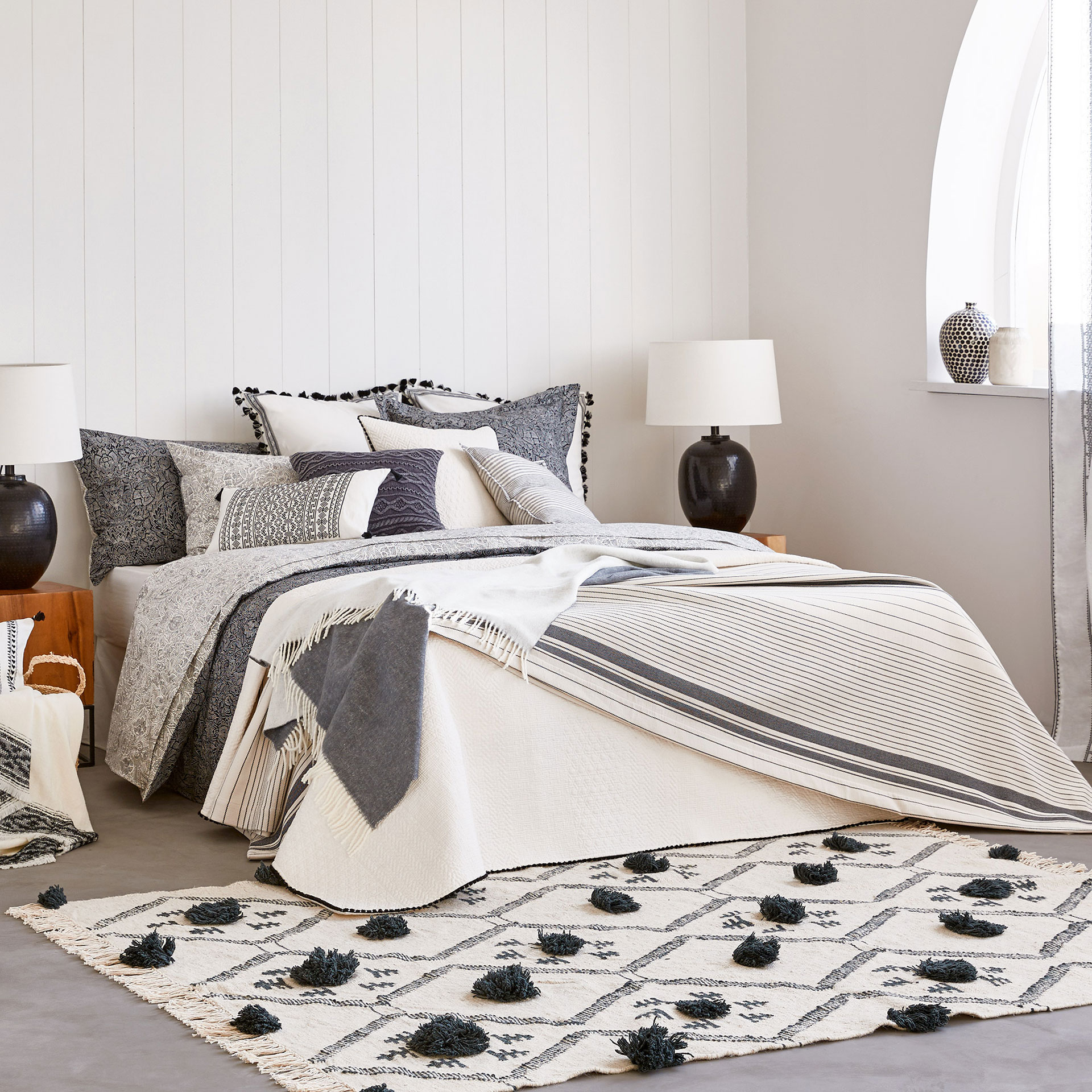 9 Cute Summer Comforters To Swap For Your Winter Duvet