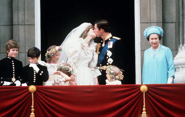 Prince Charles & Princess Diana kiss on their wedding day