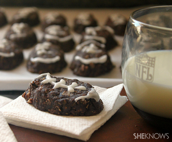 No-bake football cookies