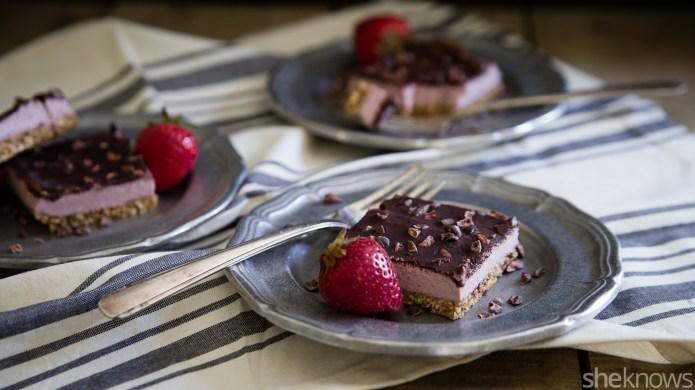 No-bake strawberry cream bars you won't