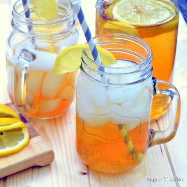 Summer Iced Tea Cocktail Recipes: Sweet tea sangria