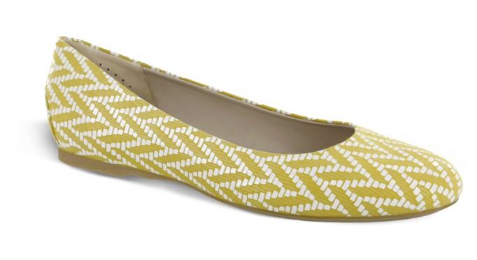 Yellow chevron flat shoe