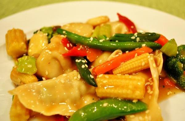 Tonight's Dinner: Asian Vegetables and Potstickers